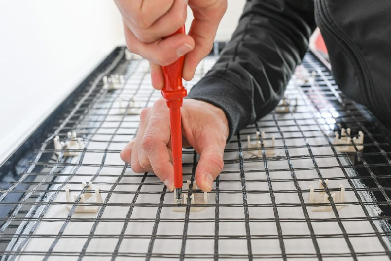 Adding Fibre Mesh For Concrete Top