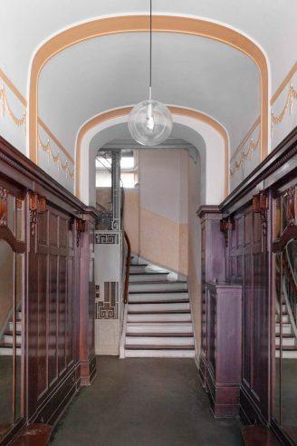 Entrance Berlin Apartments