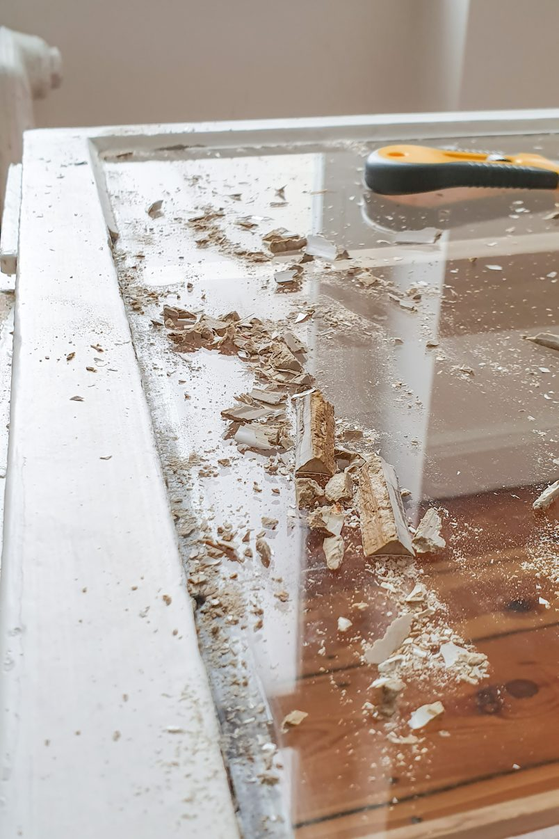 Removing Putty from old window
