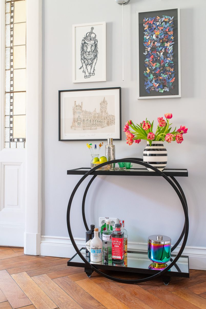 DIY Bar Cart | Step by step instructions to build this easy DIY drinks trolley | Little House On The Corner