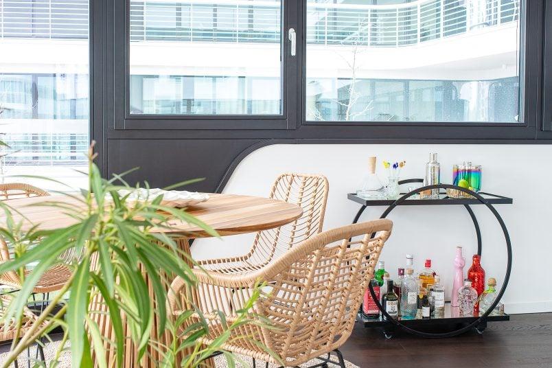 Riverside Apartment in Berlin - LIttle House On The Corner
