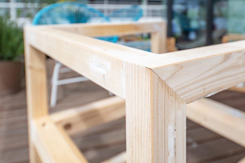 DIY Outdoor Armchair - Corner Detail