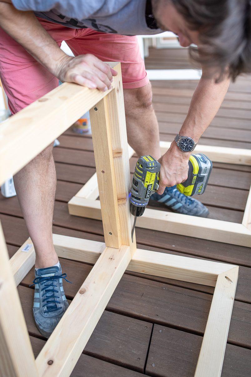 assembling outdoor armchair