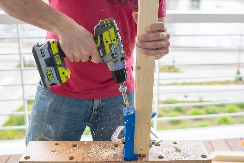 drilling hole with kreg jig hd