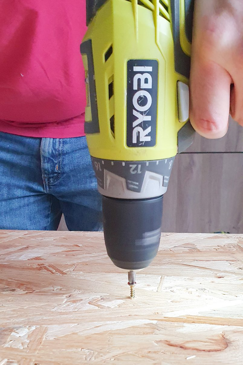 DIY Epoxy Resin Table - Attaching OSB Board