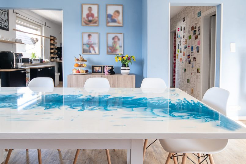 DIY Resin Table - Epodex Pearl White and Turquoise
