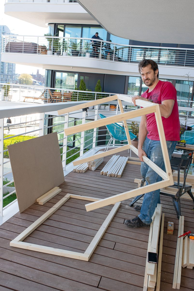 Putting Frame Of Box Together