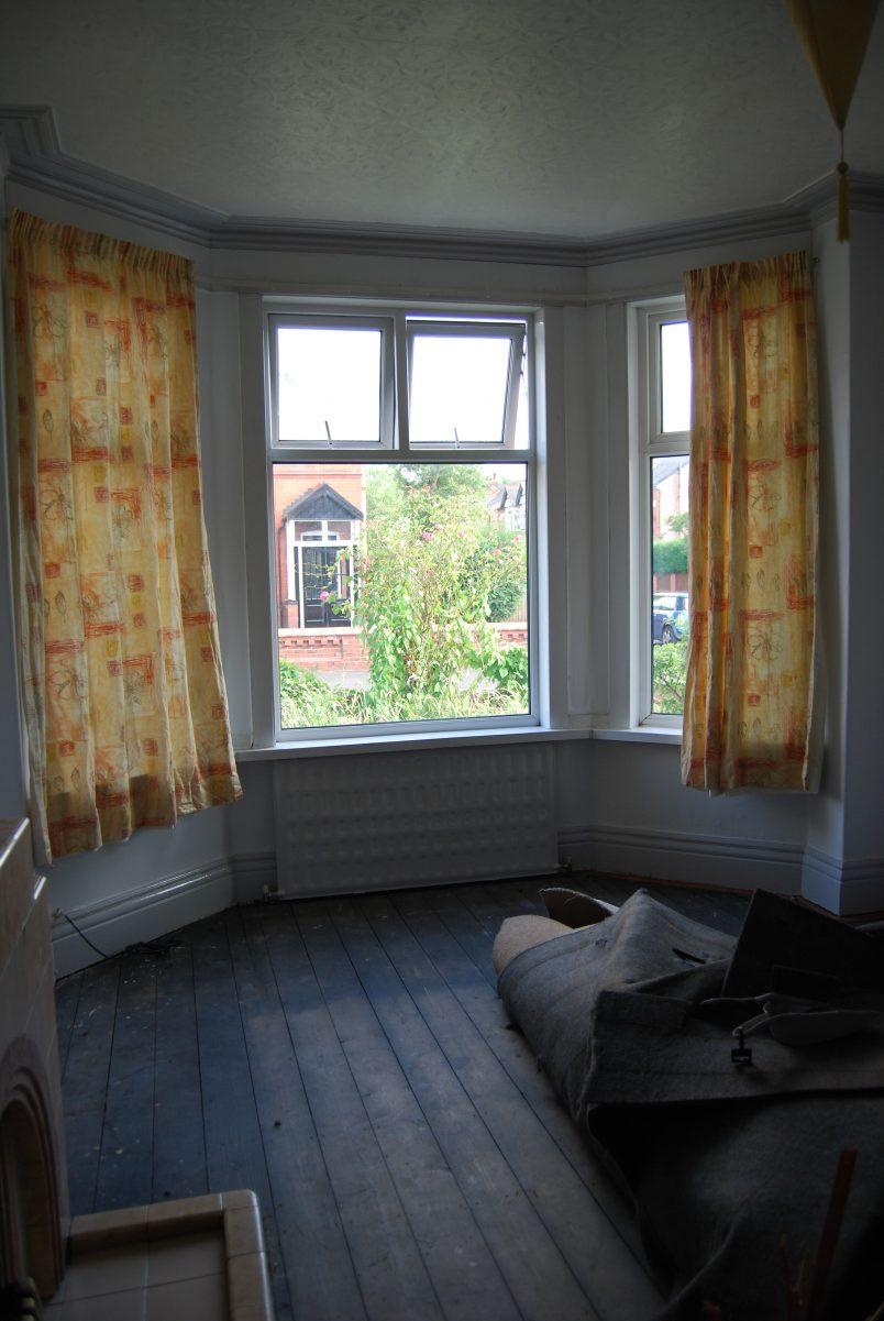 Edwardian Living Room Before Renovation